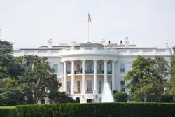 Hacker russi violano i sistemi della Casa Bianca
