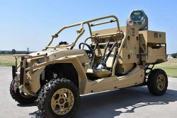 Il dune buggy di Raytheon con il laser anti-drone