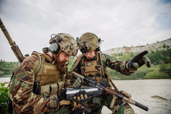 Soldati e tablet